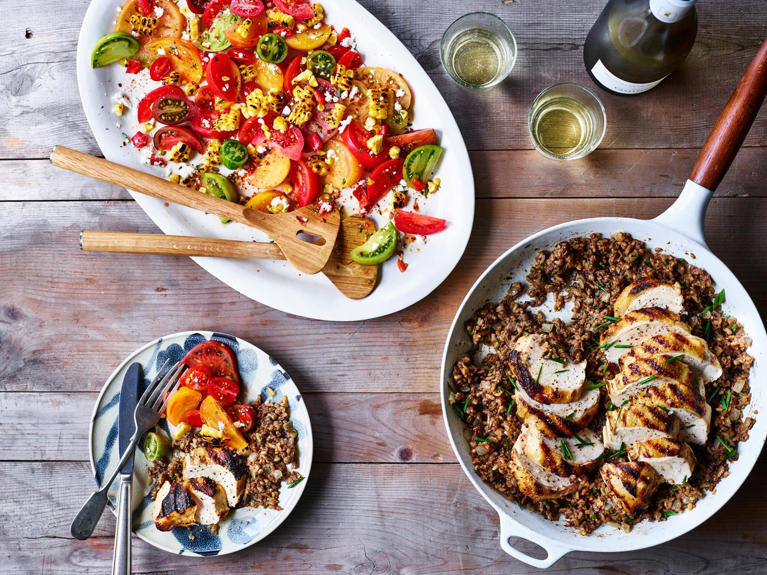 Group_Shot_Tomato_Salad_Grilled_Chicken_Breast_27152_Table_rsd