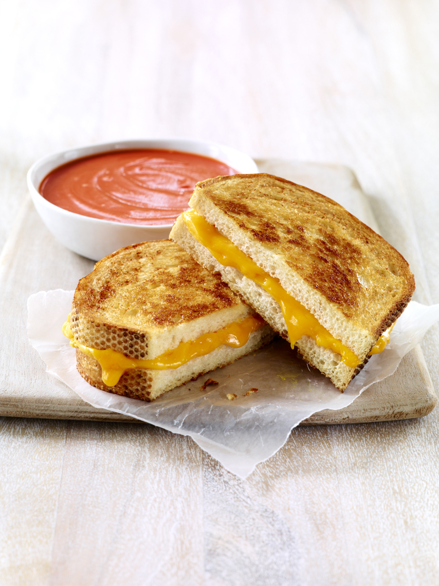 LEIGH_BEISCH_Grilled_Cheese_Tom_Soup_26384