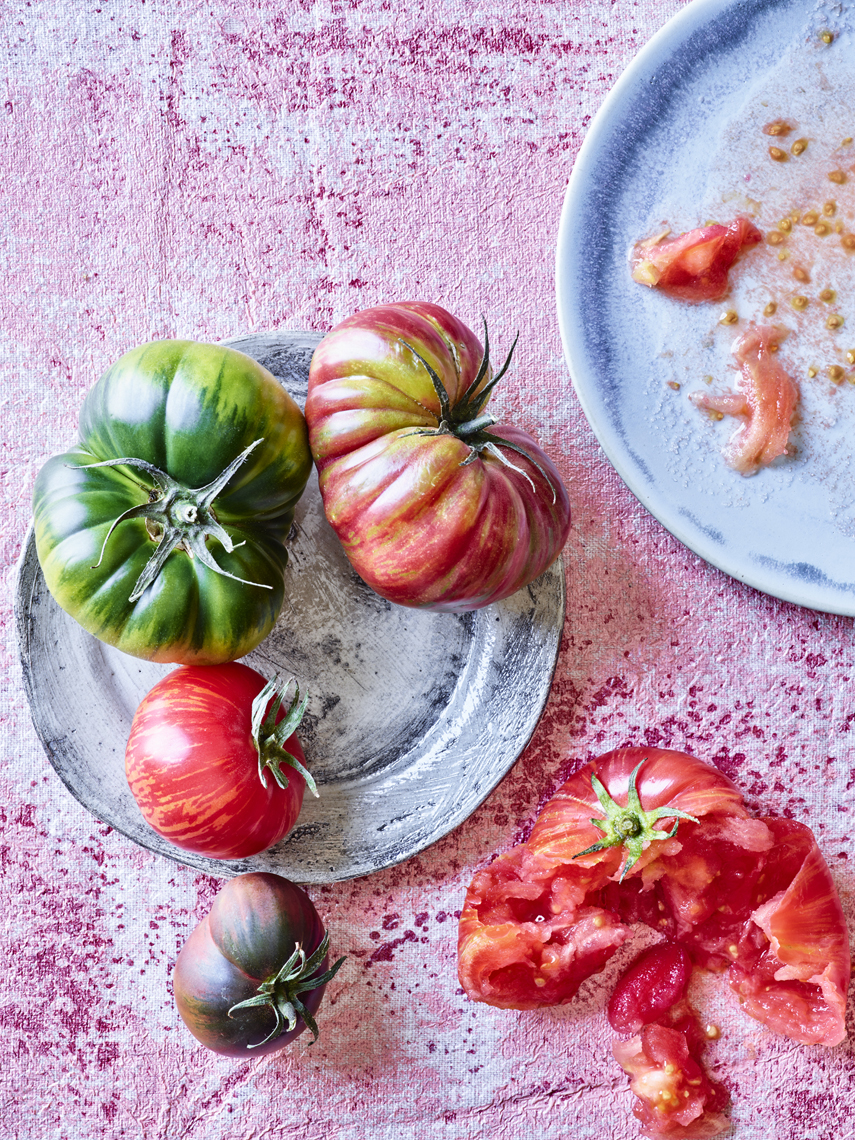 LEIGH_BEISCH_Heirloom_Tomato_Splat_2960