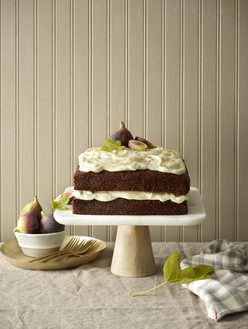 LEIGH_BEISCH_Tipsy_Fig_Cake_31731