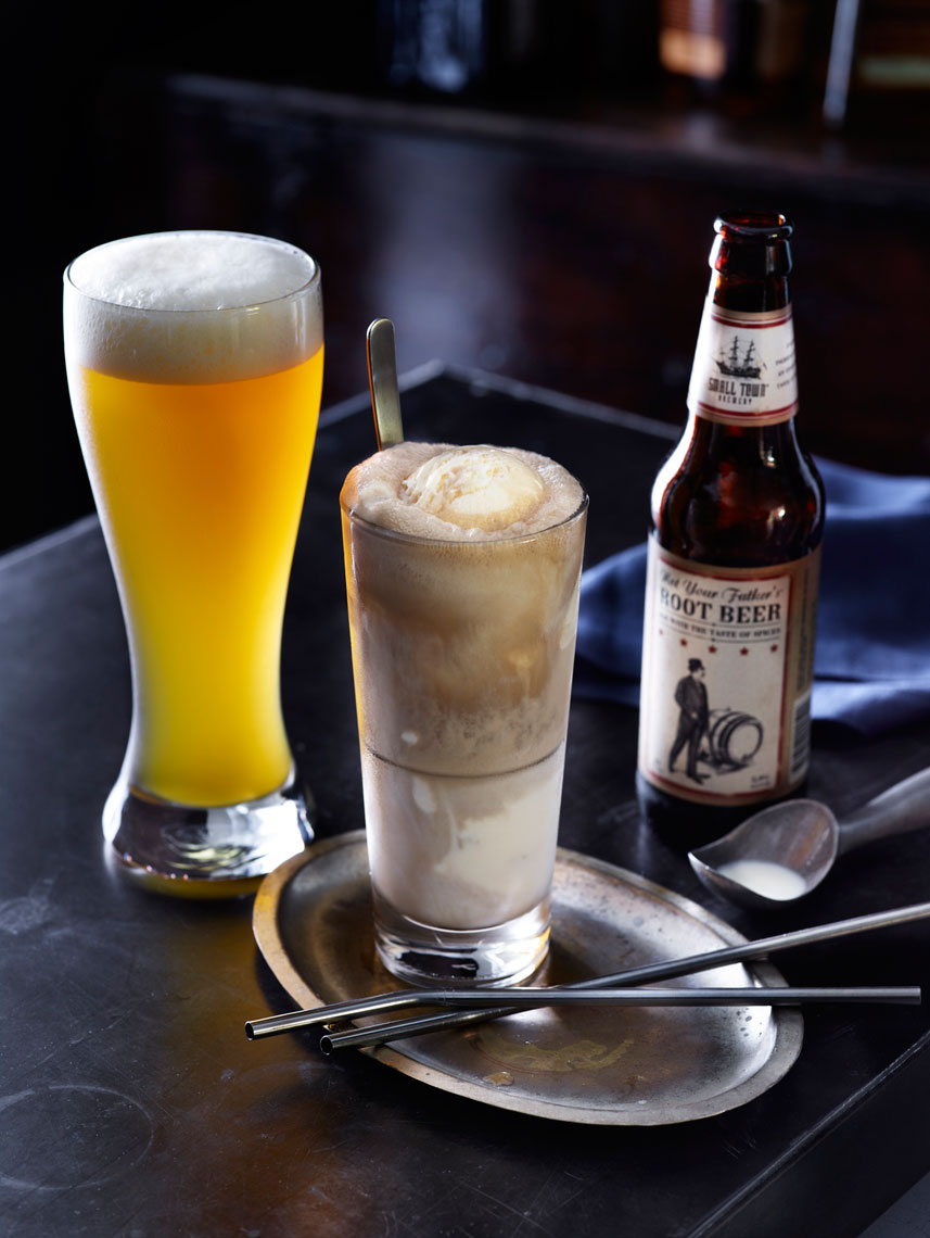 LEIGH_BEISCH_root_beer_float_blue_moon_brewtus_25101